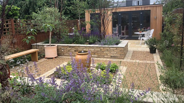 A gardeners garden Thames Ditton