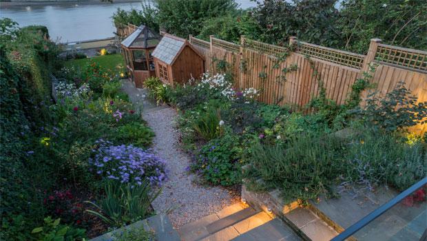 Thames Riverside Garden